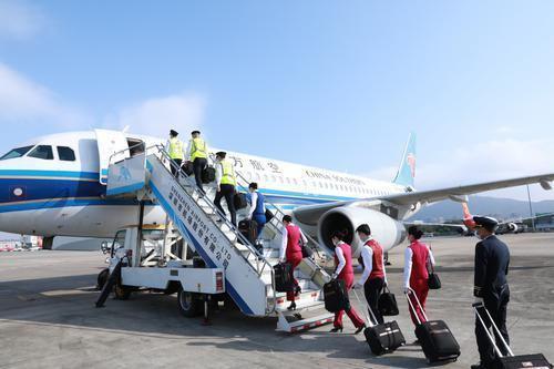 陝西省 出稼ぎ労働者のUターン用に鉄道と航空の移動手段を用意