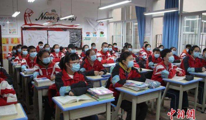 陝西省の高級中学3年生 24万1600名、今日から学校再開