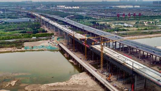 西銀高鉄の渭河特大橋がつながる 年末の開通に向けて大きく前進