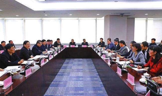 胡和平氏が一部外資企業を訪問しディスカッションミーティングを開催