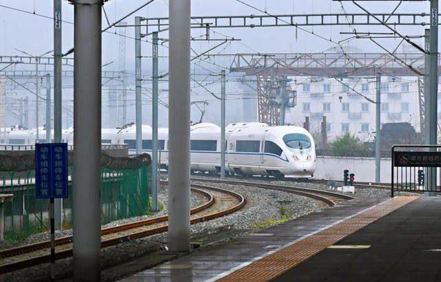 西安~神木、西安~渭南に新幹線が初登場
